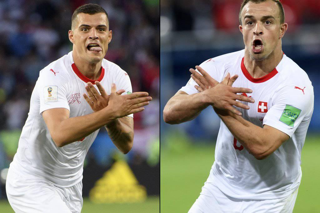 Mit der Doppeladler-Geste an der WM 2018 entflammte die hitzige Diskussion. (KEYSTONE/Laurent Gillieron)