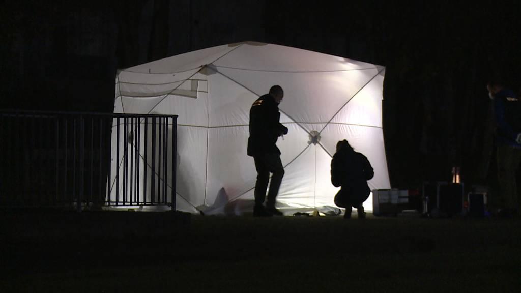 Suhr (AG): Polizei erschiesst mit Messer bewaffneten Mann mit fünf Schüssen