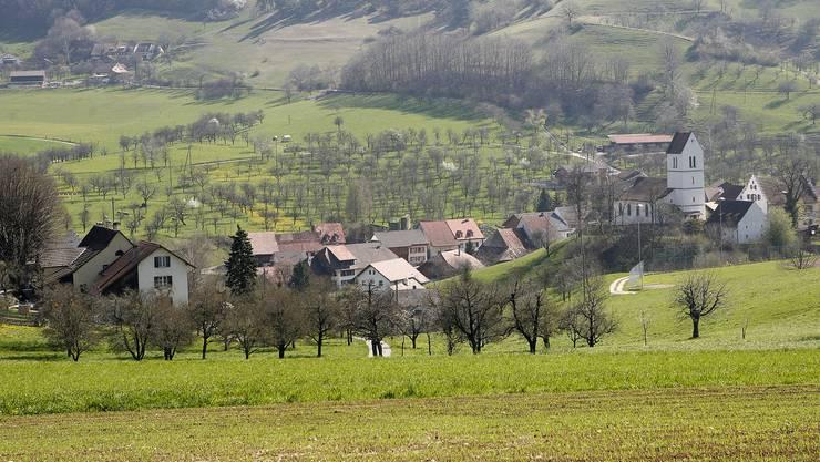 Oltingen mit seinen nur 500 Einwohnern generiert nicht genung Einnahmen, um sich selber zu finanzieren.