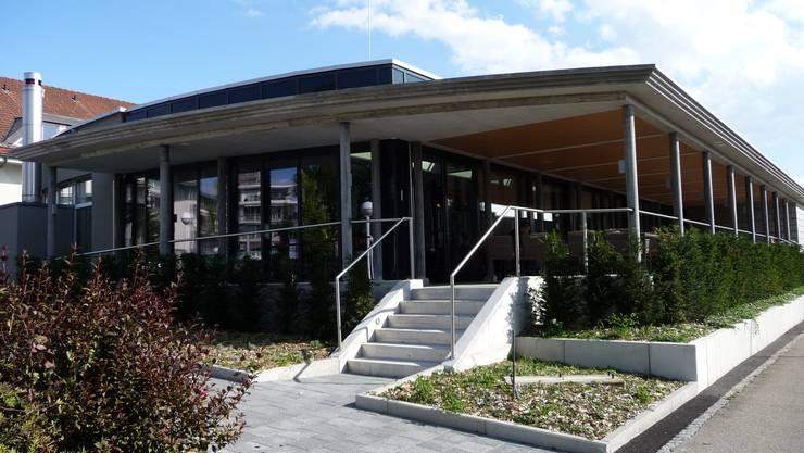 Anbau Cafeteria mit Terrasse