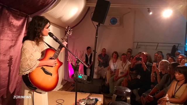 Katie Melua tauscht Millionenpublikum gegen Keller-Konzert