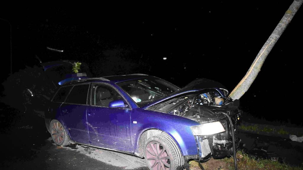 Kurznachrichten: Unfälle von Betrunkenen, Stürze mit Folgen