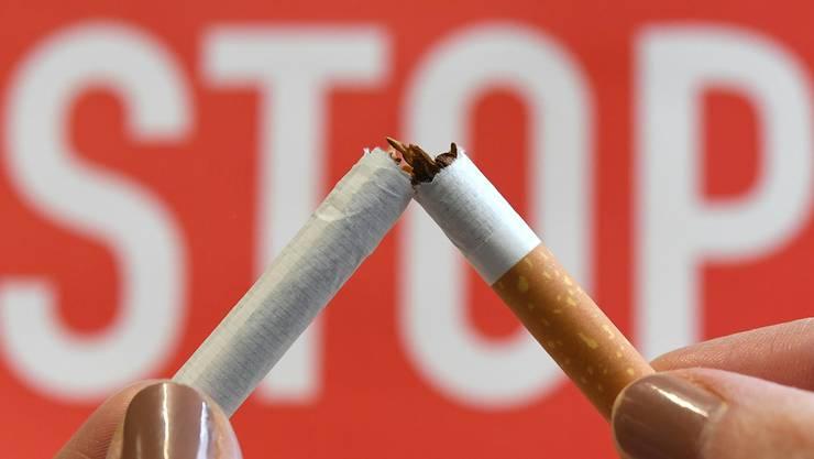 Wegen Veränderungen im Schulalltag haben die Anmeldungen zum Nichtraucher-Experiment abgenommen. (Symbolbild)