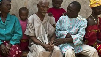 Bestürzung über den Tod von Ebola-Patienten in einem Dorf in Guinea