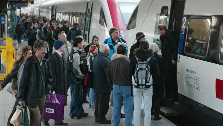 FABI-Vorlage: Mehr Züge und mehr Platz für die Berufspendler.