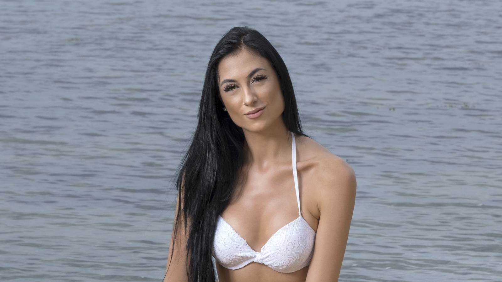 Bachelor-Kandidatin Selina aus dem Kanton Thurgau will Model werden. (© FM1Today)