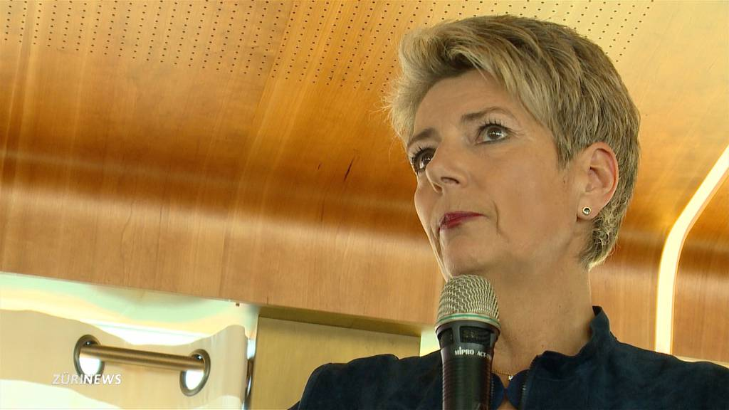 Karin Keller-Sutter zieht 100-Tage-Bilanz
