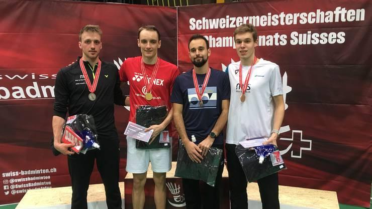 Tobias Künzi wird Schweizermeister im Badminton.