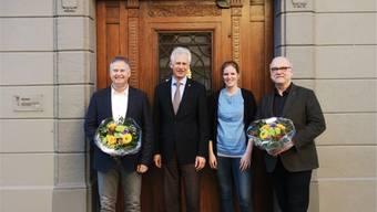 Raymond Tellenbach und Katrin Eberhard (Mitte) begrüssen Urs Sauter (links) und Andreas Bossmeyer. zvg