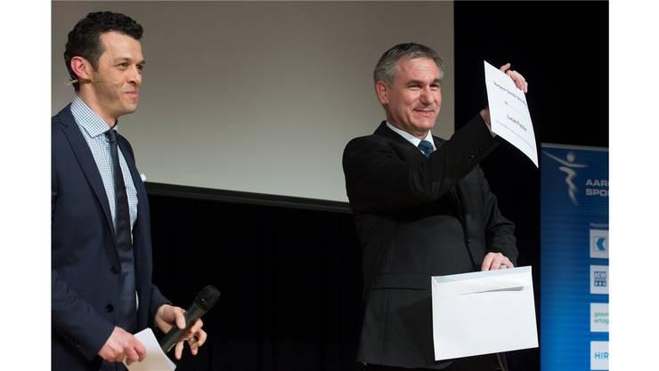 Sportminister Alex Hürzeler lüftet das Geheimnis um den Aargauer Sportler des Jahres 2013.