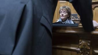 """Im Fadenkreuz: Bundesrätin Eveline Widmer-Schlumpf während der Debatte über das Informatikdebakel """"Insieme"""" im Nationalrat. (Archiv)"""