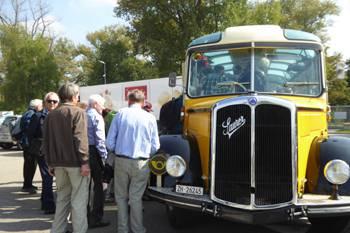 Fahrt mit dem Oldie-Bus
