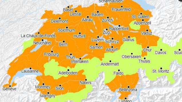 Erhebliche Hitzegefahr gilt nun für die ganze Nordwestschweiz.