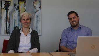 Gemeindepräsidentin Heidi Ammon und Michael Schleuniger, Leiter Finanzen, informieren über den Rechnungsabschluss 2018 der Gemeinde Windisch.