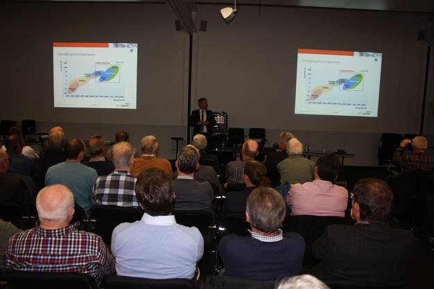 Peyer beschreibt die Funktion von Strom zu Gas als Bindeglied der Sektorkopplung in der nachhaltigen Energieversorgung