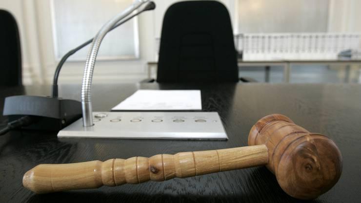 Nach sechs Wochen Pause nehmen die Friedensrichter ihre Arbeit wieder auf.