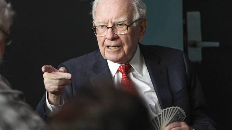 """Der Starinvestor Warren Buffett ist als Zocker bekannt. Jetzt warnt er vor der Cyper-Währung Bitcoin, diese sei """"Rattengift hoch zwei"""". (Archiv)"""