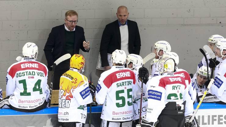 Beim EHC Olten vertraut man Trainer Fredrik Söderström.