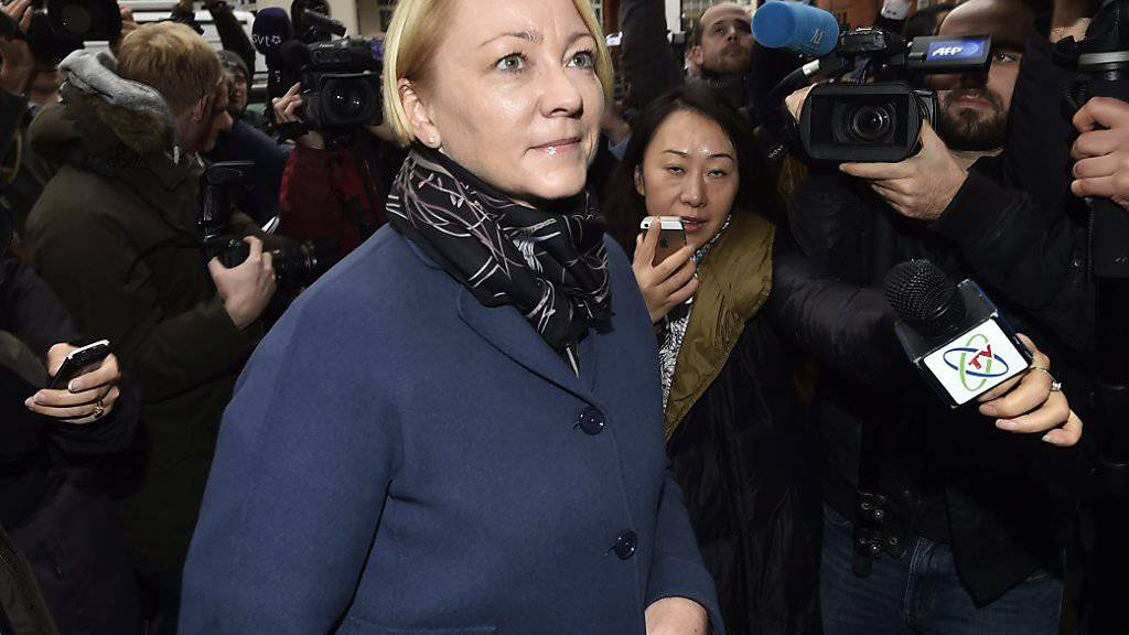 Die schwedische Staatsanwältin Ingrid Isgren bei ihrer Ankunft in der ecuadorianischen Botschaft in London.