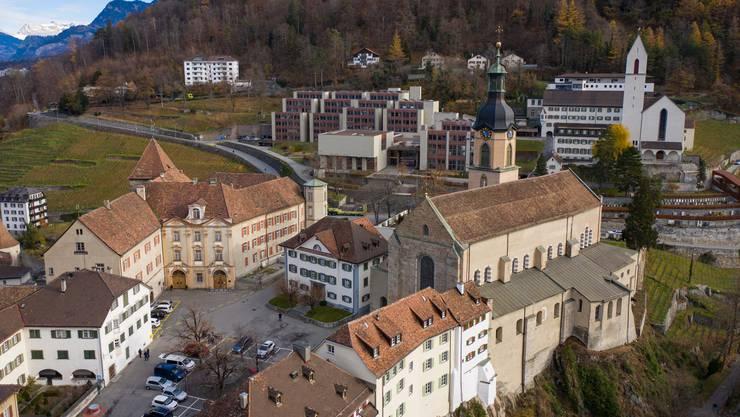 Wer zieht neu in den Bischofssitz in Chur ein?