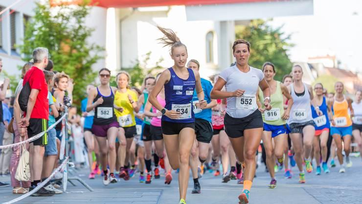 Die Organisatoren des Aarauer Altstadtlaufs hoffen auch in diesem Jahr wieder auf viele Läuferinnen und Läufer.