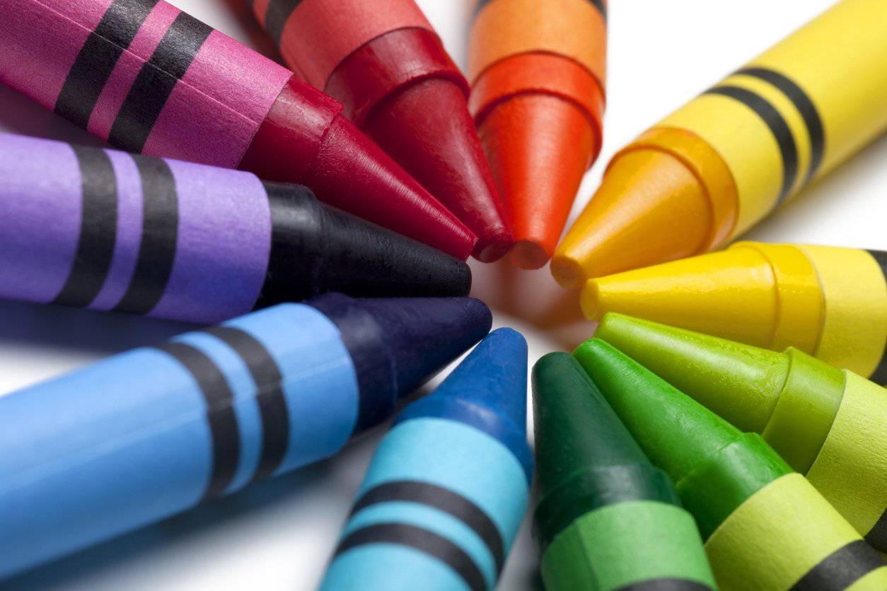 Mit diesen Malstiften machte so manch grosser Künstler die ersten kreativen Versuche. (Bild: iStock)