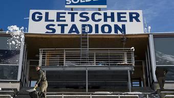 Erneut kein Männer-Rennen zum Gletscher-Auftakt in Sölden: In der Nacht auf Sonntag fielen auf dem Rettenbachferner rund 50 cm Neuschnee