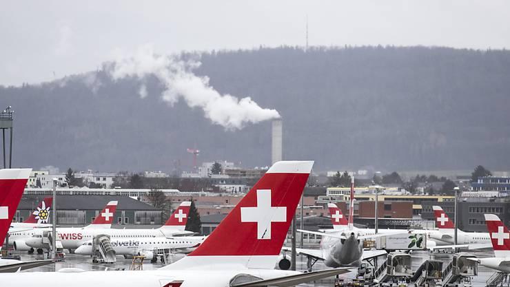 Der Flughafen Zürich verzeichnete im Februar fast gleich viele Passagiere, wie im Vorjahresmonat.