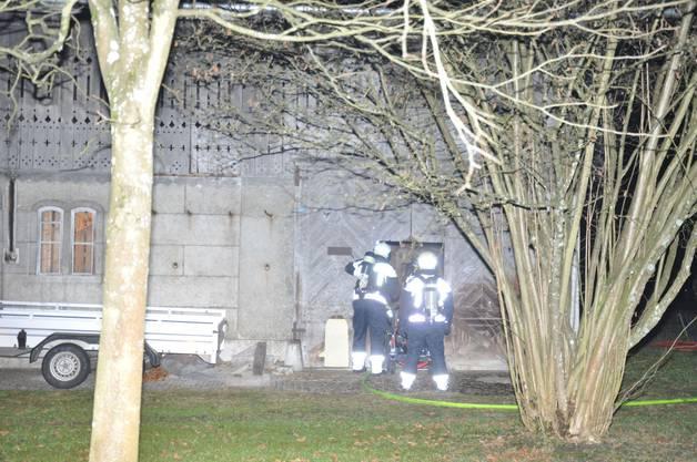 Dank dem raschen Löscheinsatz der Feuerwehr konnte grösserer Schaden verhindert werden.