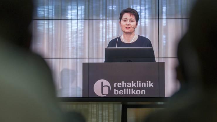 Regierungsrätin Franziska Roth, hier bei der Brevetierung von Spitalfachleuten in Bellikon, vertritt den Aargau als Besitzer des Kantonsspitals Aarau, über dessen Pläne für eine eigene Herzchirurgie wurde sie aber nicht vorinformiert.