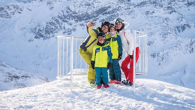 Ende der Waghalsigkeit: Die Safe-Selfie-Station steht auf 2959 Metern über Meer und bietet Skifahrern die Gelegenheit, mitten auf der Piste ein sicheres Selfie zu schiessen.