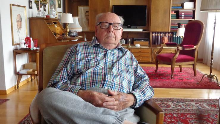 Kaum jemand weiss mehr über Grenchen als er: Hans Kohler in seinem Wohnzimmer an der Schlachthausstrasse.