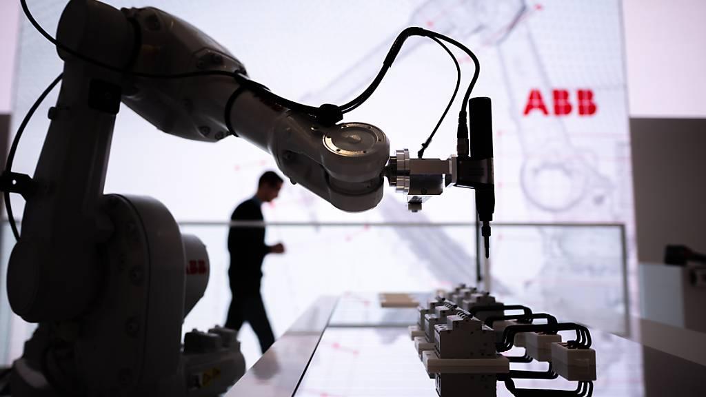 ABB mit sprudelndem Auftragseingang – Chipmangel bremst Umsatz