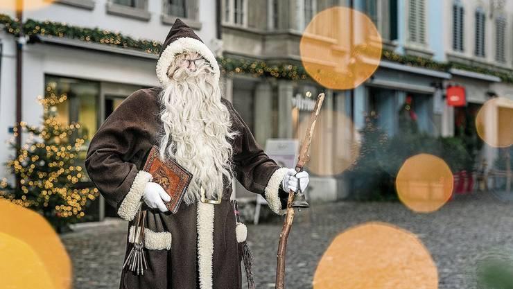 Der Lenzburger Stadtchlaus geht dieses Jahr ins Alterszentrum Obere Mühle, aber nicht zu den Kindern.