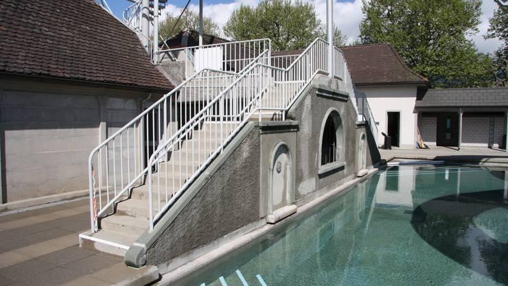 Die Treppenmauer im ehemaligen Frauenbad wurde über den Winter saniert