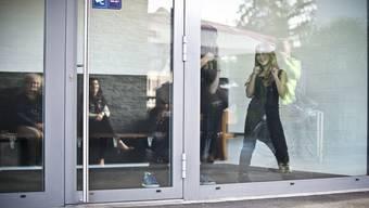 Kleiner Flashmob in Buchs: Drei Mädchen tanzen auf der Strasse