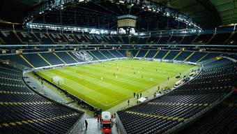 In Österreich soll noch in diesem Frühjahr wieder Fussball gespielt werden - wenn auch ohne Zuschauer. (Symbolbild)