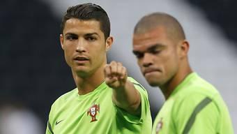 Ronaldo zeigt Pepe und seinen Teamkollegen, wo es langgeht.