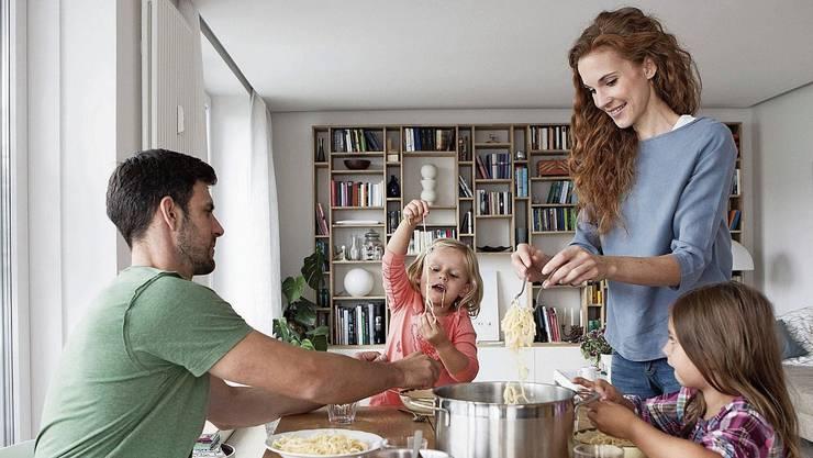 Je länger das Essen dauert, desto positiver wirkt es auf die Kinder.