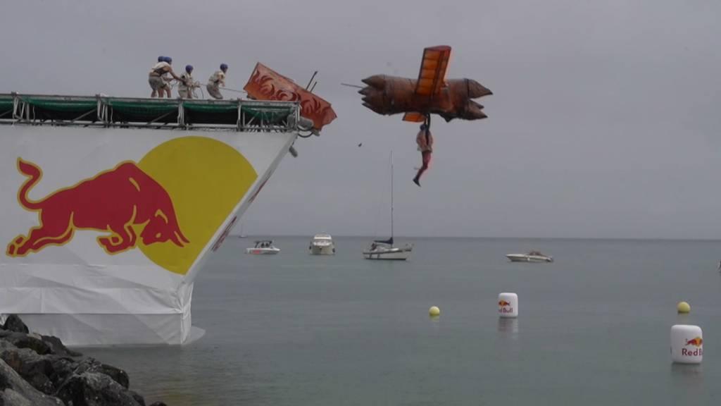 Selbstgebastelte Fluggeräte fliegen in Lausanne um die Wette