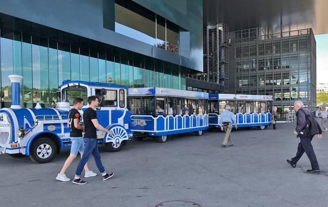 Stadtrundfahrt mit CityTrain, dem blauen Nostalgiezug