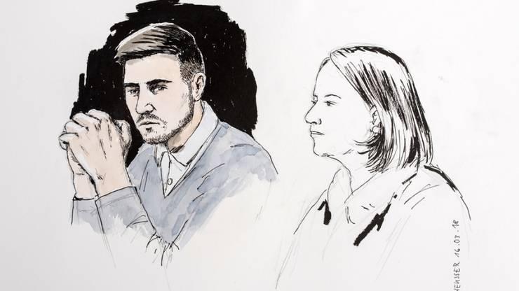 Der wegen des Vierfachmordes von Rupperswil zu einer lebenslänglichen Haft verurteilte Angeklagte Thomas N. und Renate Senn anlässlich der Hauptverhandlung.