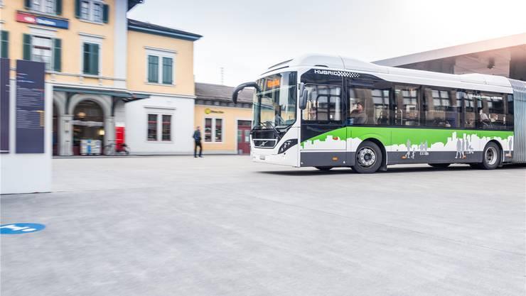 Sparsamer: Der Hybrid-Gelenkbus verbraucht rund 30 Prozent weniger Diesel. zvg