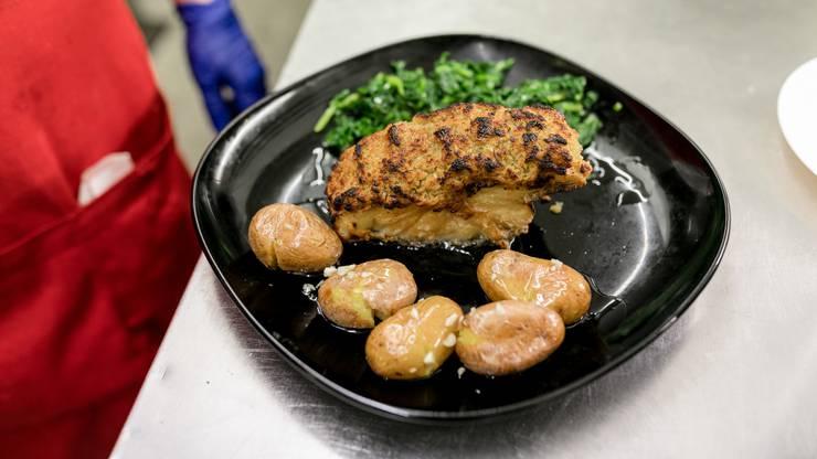 Bacalhau com Broa: Stockfisch mit einer Brotkruste überbacken