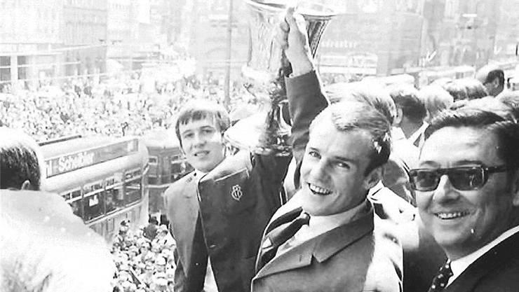 Peter Ramseier (Mitte) war kein spektakulärer Fussballer, aber einer, der den Spielgestaltern den Rücken freihielt. Archiv