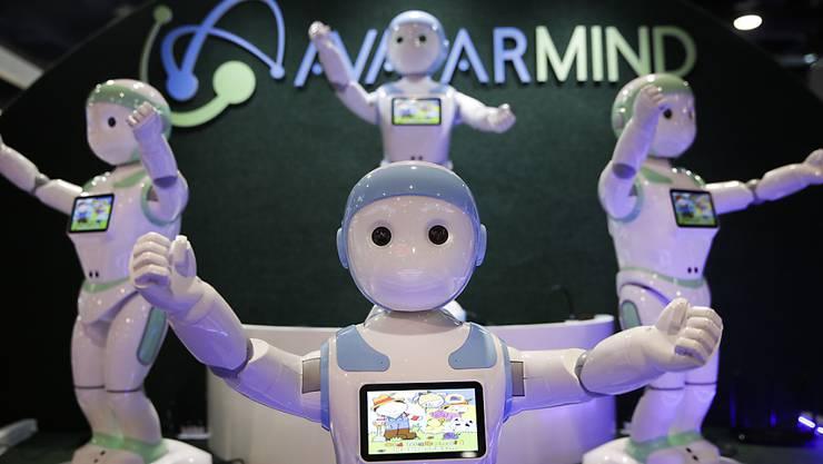 Ersetzen Roboter Menschen? Der Autor gibt Entwarnung. (Symbolbild)