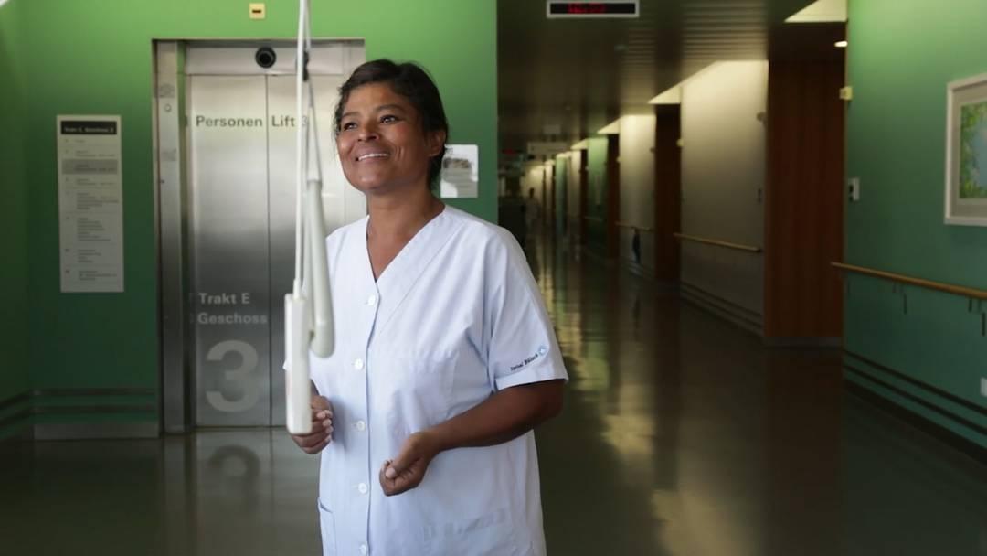 Reinigungskraft Allison Sträuli: «Du musst das Herz, den Glauben und die Liebe für den Job haben.»