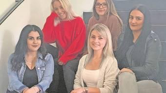 Auch die angehenden Coiffeusen nutzen die digitale Lernplattform der Berufsfachschule BBB in Baden.