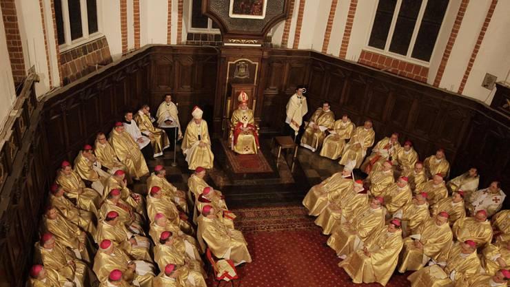 Die Bischöfe Polens haben sich am Montag bei den Opfern sexueller Gewalt durch Geistliche entschuldigt. (Symbolbild)