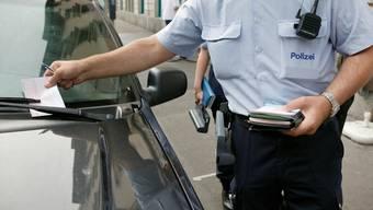 Die bisher gewährte Kulanzzeit von zehn Minuten wurde zunehmend als zusätzliche Parkzeit wahrgenommen.